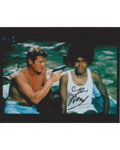 Gloria Hendry Bond 007 Live and Let Die 21