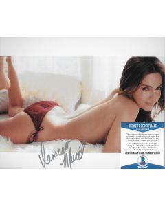Vanessa Marcil 8X10 w/Beckett COA