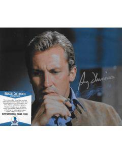 Roy Thinnes The Invaders 8X10 w/Beckett COA #2